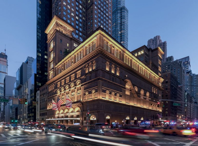 The lighting design for Carnegie Hall is an arrangement in light that reflects the unforgettable concerts and performances that took place there.