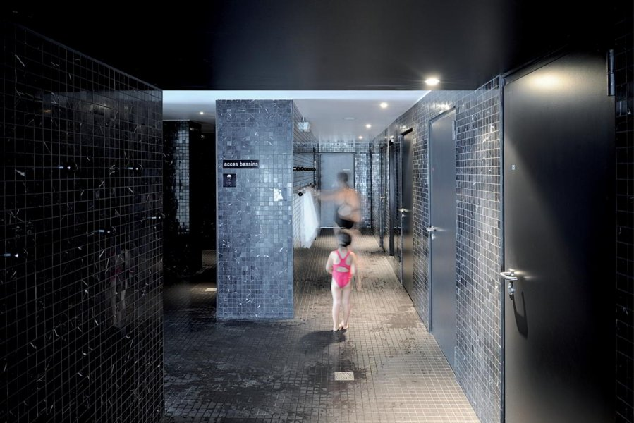 The shower in Bagneux.